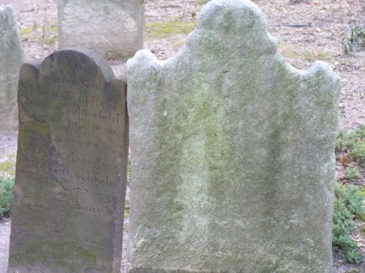 Kissing gravestones, Trinity Church