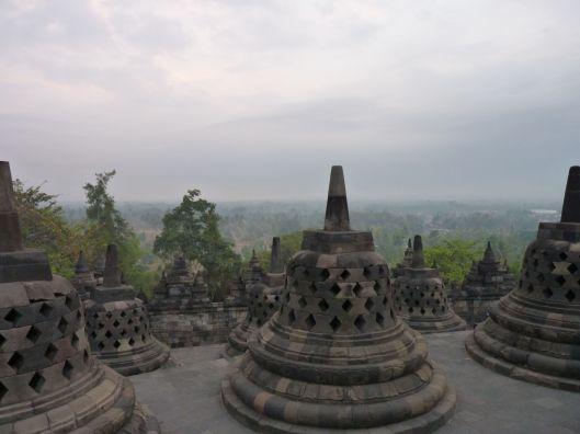 stupas 3