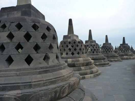 stupas 5