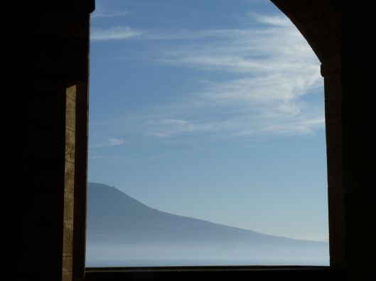 vesuvius from castel dell'uovo