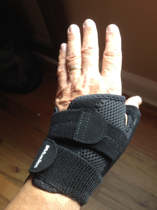 Immobilized Thumb